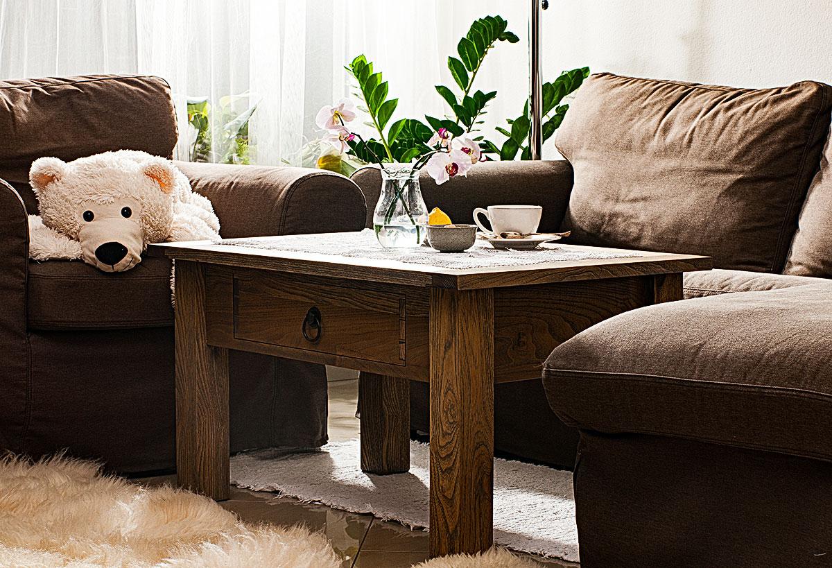 Stolík v obývačke